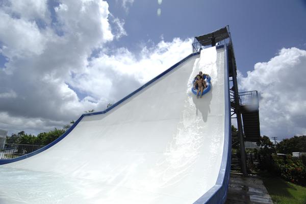 onward_waterpark02